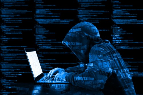 Cyber Risikio Versicherung Hacker Angriff Schaden Server